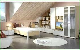 Schlafzimmer Dachschrägen Gestalten Einrichten Avec And Mit