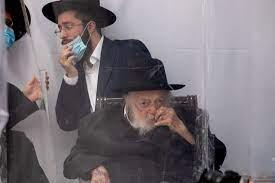 הרבנים מסכימים שצריך להתחסן, אבל רבים בחברה החרדית עדיין מהססים - קורונה -  הארץ