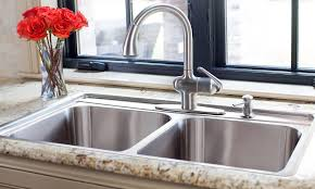 Choosing A New Kitchen Sink If You Are Kitchen Remodeling Luxury Kitchen Sinks
