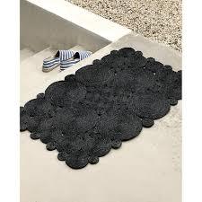 10 Easy Pieces: Glamorous Black Doormats - Gardenista