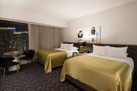 Las Vegas Hotels With 2 Bedroom Suites 2 Bedroom Suites Las Vegas Planet Hollywood