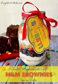 m m brownies in a jar with free printable