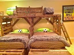 loft bed made of pallet 2