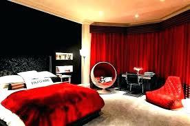 red black white room – zainski.info