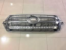 <b>Решетка радиатора</b> Toyota Land Cruiser 200 <b>LED</b> (2016-2019)