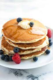 easy fluffy pancakes from scratch