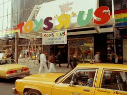 toys r us closing s has fans sharing fond memories photos business insider
