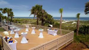oceanside deck reception area