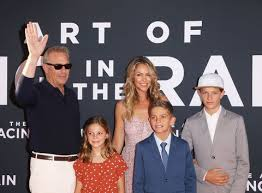 Christine baumgartner was born on march 4, 1974 as christine anne baumgartner. Kevin Costner S Wife And Children What To Know About Kevin Costner S Family