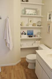 How to Maximize Storage Space In a Small Bathroom