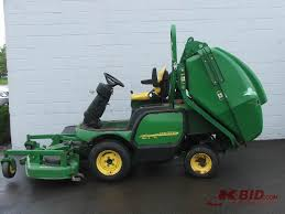 john deere riding lawn mower with bagger. 2005 john deere 1445 4wd commercial mower with hydraulic bagger   herculift st. cloud may k-bid riding lawn