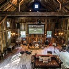 Renovated Barn With Music/Entertainment Space