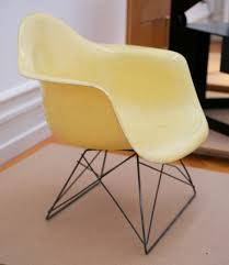 charles and ray eames furniture. filecharles and ray eames plastic chair 195053jpg charles furniture