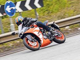 <b>KTM RC125</b> (2014-on) Review   Owner & Expert Ratings   MCN