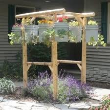 DIY Potted Herb Garden Ideas http://herbsandoilshub.com/diy-potted