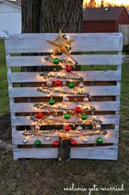 Ideas using gingerbread christmas home decorations Diy Lighted Wood Pallet Christmas Treethese Are The Best Diy Christmas Decorations Kitchen Fun With My Sons 60 Of The Best Diy Christmas Decorations Kitchen Fun With My Sons