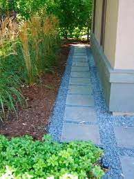 12 garden pathways you can diy bees