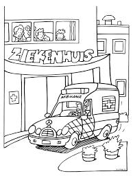 Kleurplaat Ambulance Bij Ziekenhuis Kleurplatennl Dokter