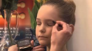 se makeup for a younger dancer