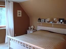 Schlafzimmer Mit Schrage Tapezieren Parsvendingcom