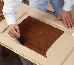 wood grain by staining fiberglass