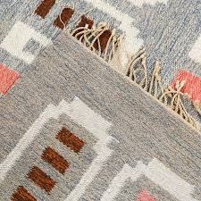 hand woven scandinavian modern flat weave rug in c and heather gray for