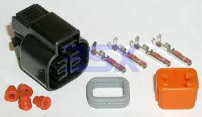 wiring connectors harness plugs 3sx 4 pin oval 2x2 mitsubishi note these plugs are unassembled as pictured at top and wire is not provided you will need a wring crimping tool to assemble make sure any rubber boot