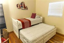 kids bedroom with tv. Tv In Kids Bedroom A Cozy With Single Bed And Trundle Sets For Girls
