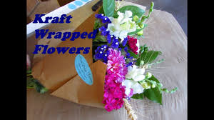 How To Wrap Flower Bouquet In Paper Using Kraft Paper To Wrap Bouquets Of Flowers