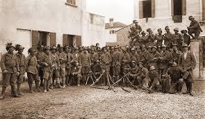 Итальянский фронт Первой мировой победа как проблема морали   На фото итальянские ардити arditi отважные солдаты штурмовых отрядов