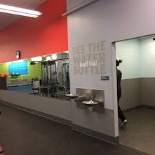Toiletry Stocked Vending Machines Blink Inspiration Blink Fitness Williamsburg 48 Photos 48 Reviews Trainers 48