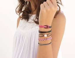 free tutorial with pictures on 5 easy diy leather friendship bracelets to make this summer free tutorial with pictures on