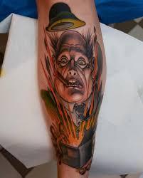 татуировка на икре мужик в шляпе тату фото пример метла тату