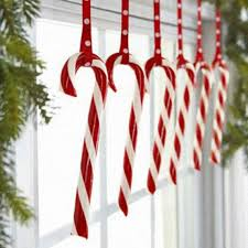 How To Decorate A Cane 100 Fun Candy Cane Christmas Décor Ideas For Your Home DigsDigs 9