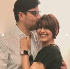 ailing sonali bendre shares first picture from new york