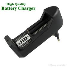 Hot Selling Universal 18650 Battery Charger For 3.7V 16340 14500 Li Ion Rechargeable High Quality EU US Plug Charge Adapter Usb Ecig