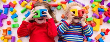 Какие <b>развивающие игрушки</b> подходят детям до 2 лет ...