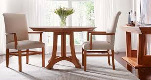 stickley highlands cherry round dining table