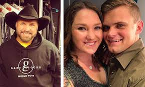 Maybe you would like to learn more about one of these? Garth Brooks Daughter Allie Gets Engaged During His Concert