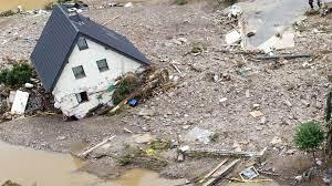 """فيضانات الموت"""" في ألمانيا وبلجيكا: عشرات القتلى ومئات المفقودين بسبب  الأمطار الغزيرة"""
