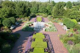 getting to know the chicago botanic garden