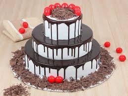 3 Tier Black Forest Cake Show Stealer Cake Bakingo