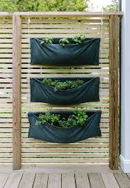 DIY: A Simple Vertical Herb Garden | The Fresh Exchange