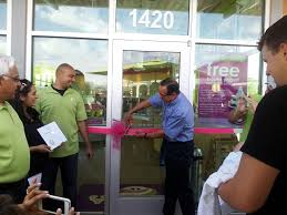 el paso county commissioner pct  commissoner leon emphasized how small businesses like menchies are a critical component to our local economy commissioner leon also stressed the importance