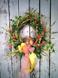 15 Adorable Easter Wreaths For Your Front Door