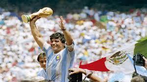 في ذكرى ميلاده الـ60... الاتحاد الأرجنتيني يحتفل بأسطورته مارادونا