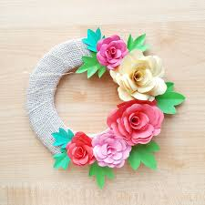 Rose Paper Flower Making Diy Paper Roses And A Cool Paper Flower Spring Wreath