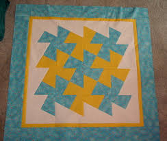 Sunshower Quilts: Easy Baby Quilt with the Large Twister Ruler & Easy Baby Quilt with the Large Twister Ruler Adamdwight.com