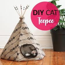 diy cat tee bed and hiding spot
