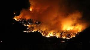 The fire, known as the mount law wildfire, has grown quickly from a spot fire to an estimated 800 hectares in size by. West Kelowna Wildfire Continues To Burn Out Of Control News 1130